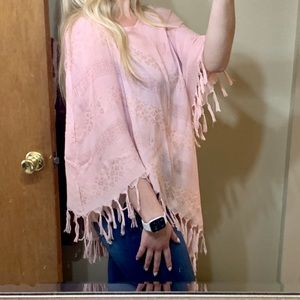 UMGEE pink tassel shawl